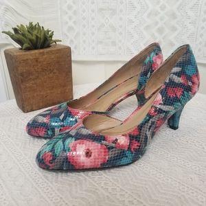Naturalizer N5 Comfort Heel Snakeskin Floral Print